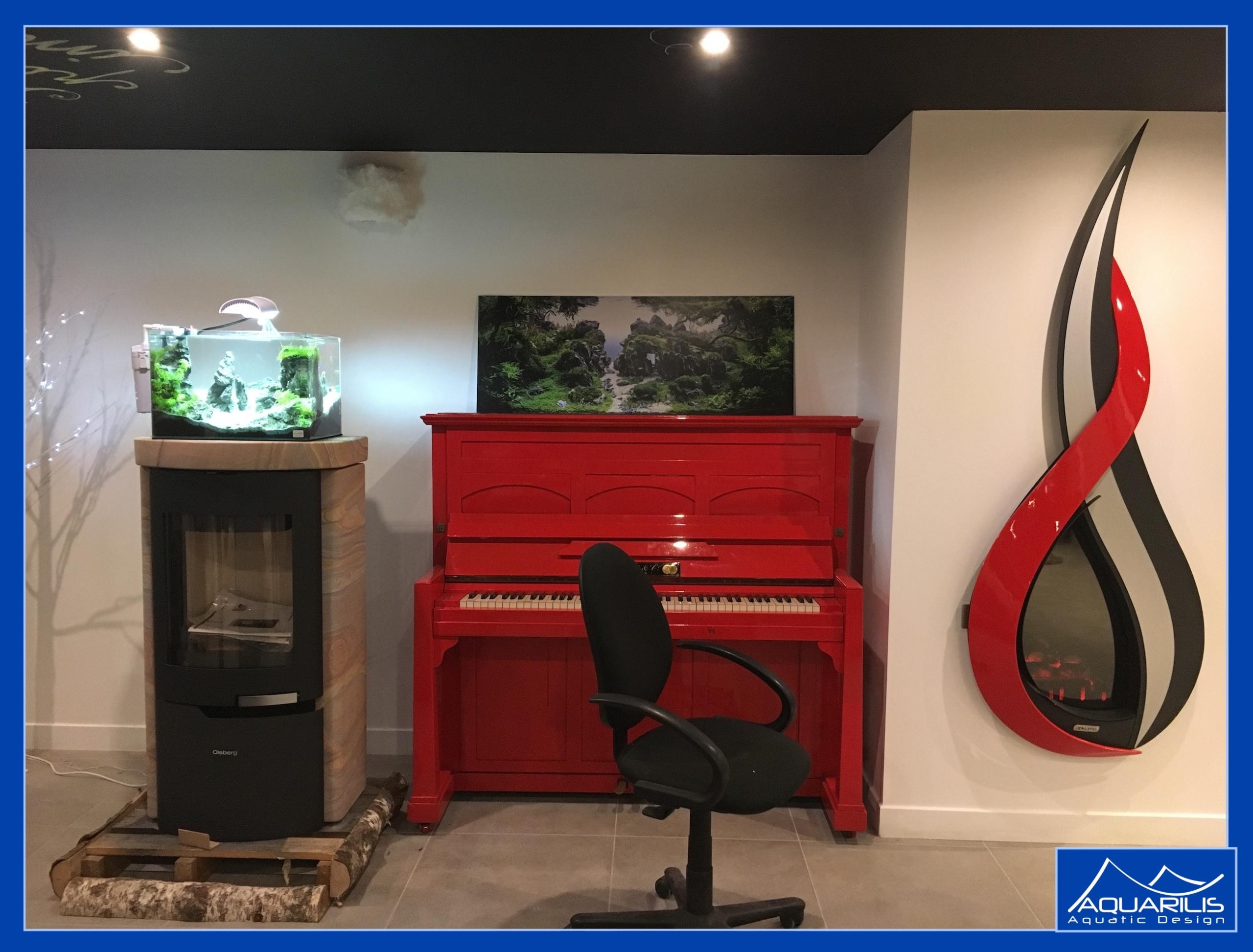 aquarium piano